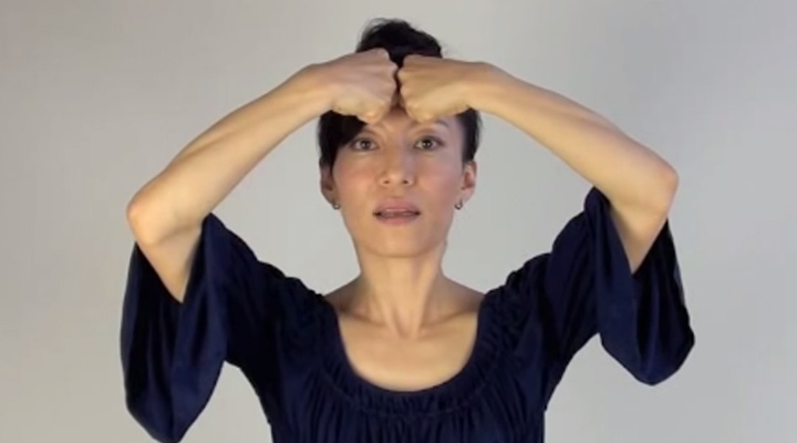 How To Relax The Forehead and Reduce Forehead Wrinkles